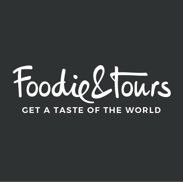 Logo Foodie and tours